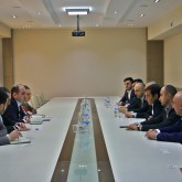 meeting with representatives of microfinance organizations and online loan companies