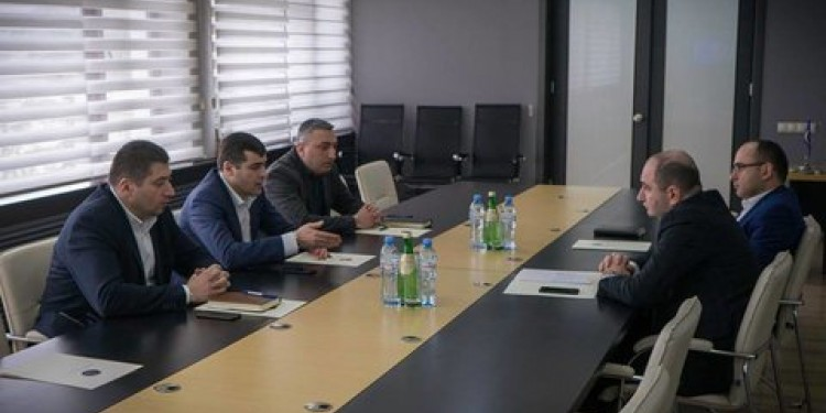 The Business Ombudsman of Georgia has met with Giorgi Salakaia, founder of LLC Badagoni company, and Levan Gamkrelidze, head of Investigation Service of Ministry of Finance.